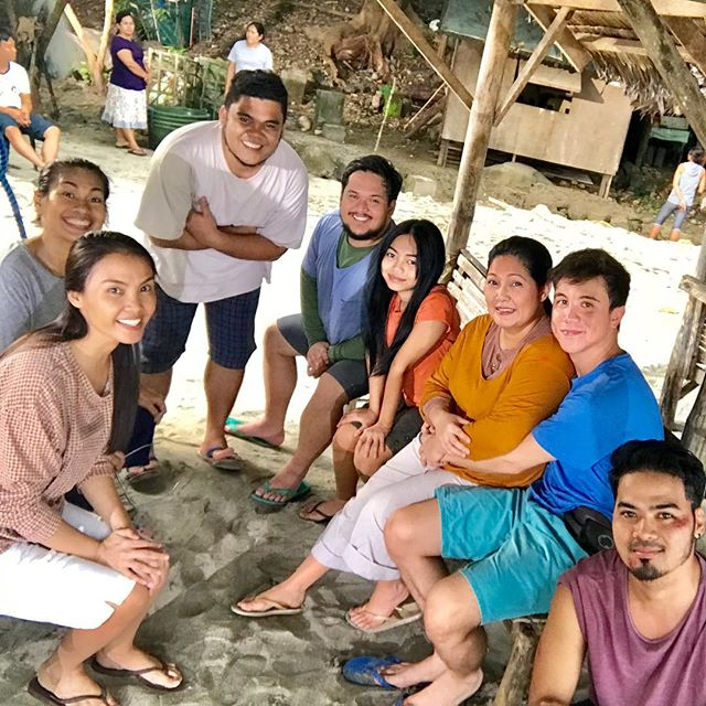 On the set of The General's Daughter: Off cam moments sa Barrio Santo Francisco