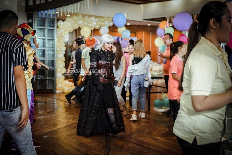 LOOK! Angel Locsin transforms into a cosplay goddess for her next mission in #TGDKasado